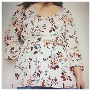 🔴NWT Plus Size 22/24 Floral Peasant Babydoll Top